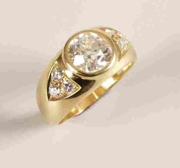 980: 18k gold single stone old european cut diamond set