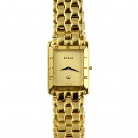 Gucci - A Gentleman's Gold Plated 4200m Bracelet Watch