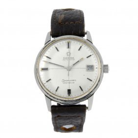 Omega - A Gentleman's Stainless Steel Seamaster Wrist