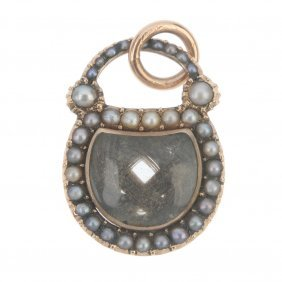 A Mid 19th Century Gold Split Pearl Mourning Locket