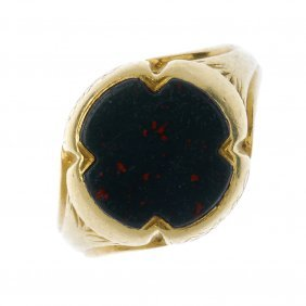 A Gentleman's Mid 19th Century 18ct Gold Bloodstone