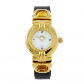 Van Der Bauwede - A Lady's Wrist Watch. Gold Plated