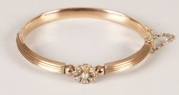 1: Diamond and seed pearl hollow hinged bangle with a c