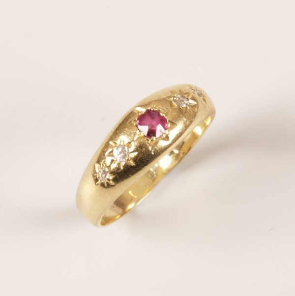 15: 18ct gold ruby and old cut diamond five stone gypsy