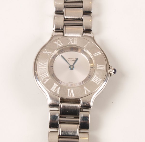 1014: CARTIER - a ladies all steel Must 21 with a silve
