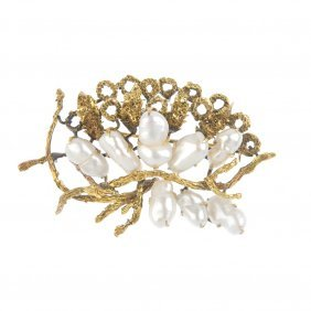 A Freshwater Cultured Pearl Brooch. Of Openwork Design,