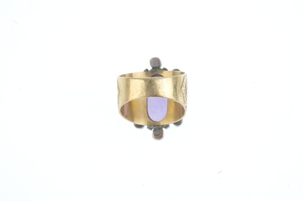 An amethyst and split pearl cluster ring. The - 3