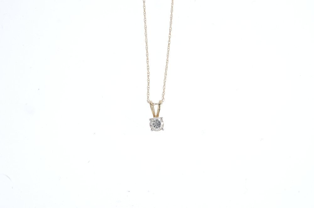 A diamond pendant. The brilliant-cut diamond, suspended - 5
