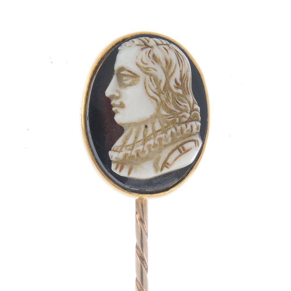 A late Victorian 18ct gold hardstone cameo stickpin.
