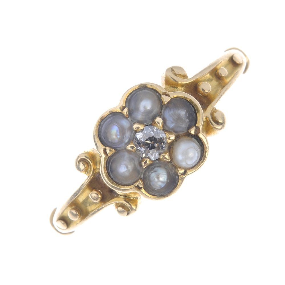 A late Victorian 18ct gold diamond and split pearl