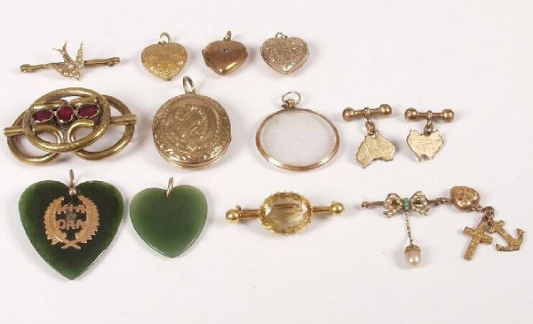 9: Parcel lot to include two seed pearl bar brooches, a