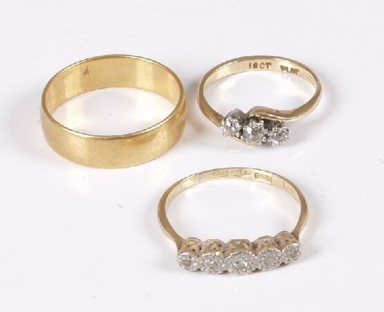 15: 18ct gold and platinum illusion set five stone diam