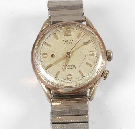 1172: A gentleman's Cauny watch with manual movement an