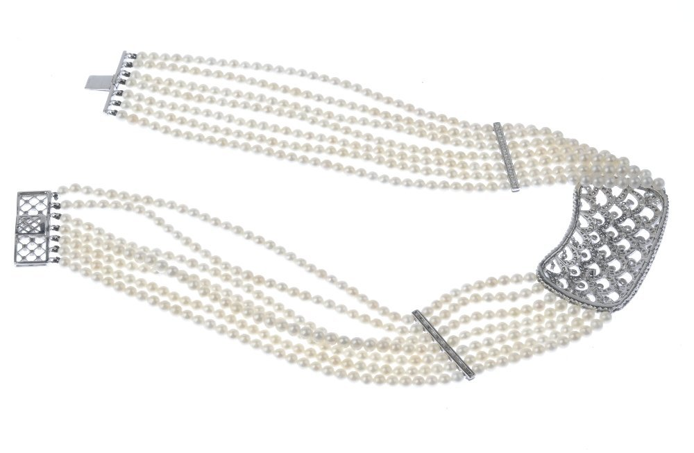 (130426-2-A) A diamond and cultured pearl collar. - 2