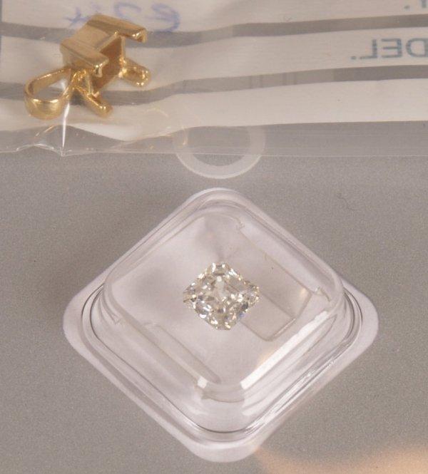 286: Single stone ascher cut diamond pendant, weight 0.
