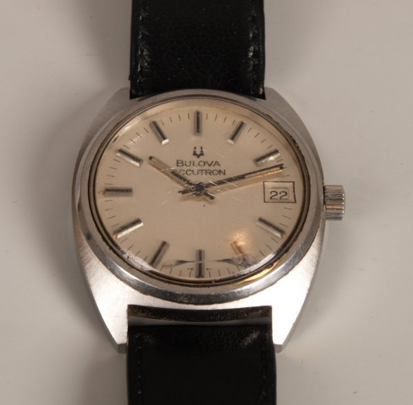 2010: BULOVA - a gentleman's steel cased Accutron with
