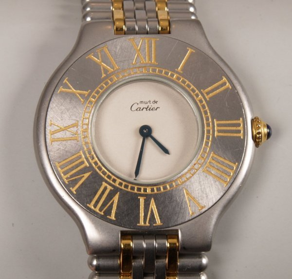 2024: CARTIER - a ladies bi-colour Must 21 with a silve
