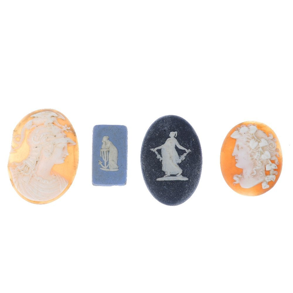 A selection of loose cameos. To include six blue