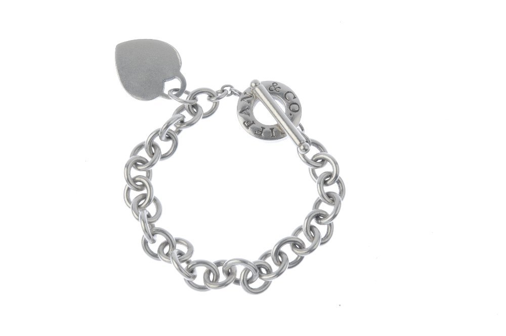 TIFFANY & CO. - a necklace and a bracelet. The - 4
