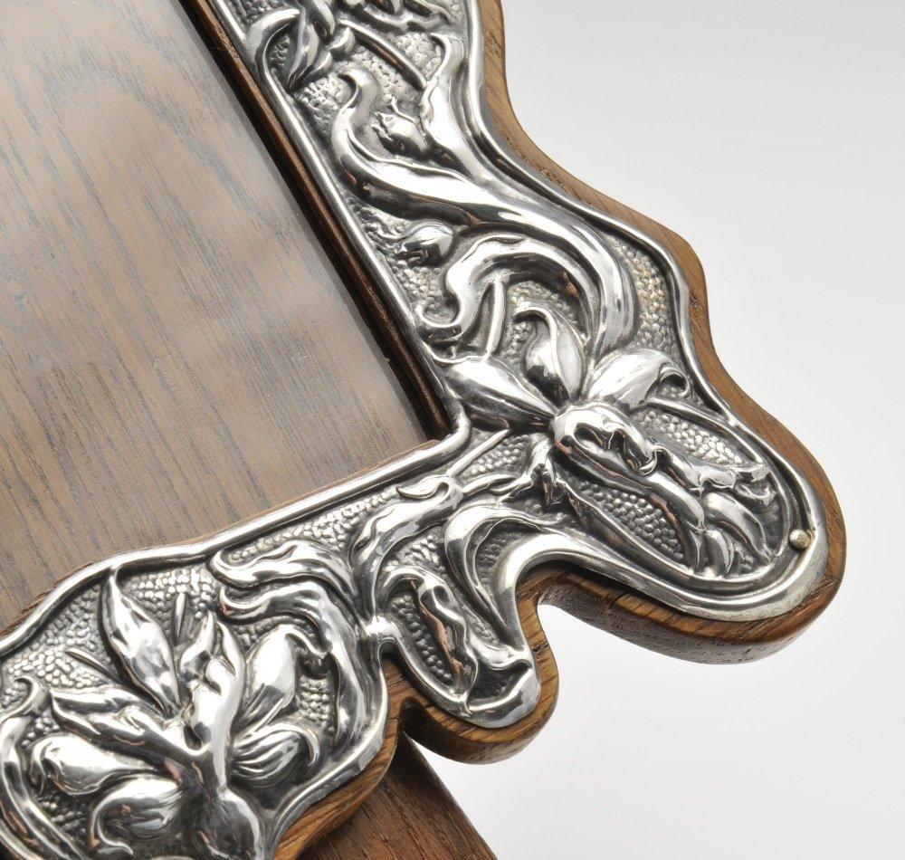 An Art Nouveau silver mounted photograph frame, the - 4