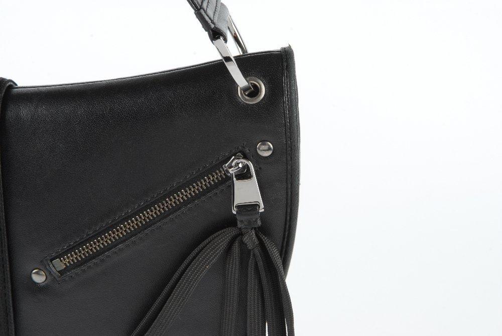CHRISTIAN DIOR - a black leather braided handbag. - 2