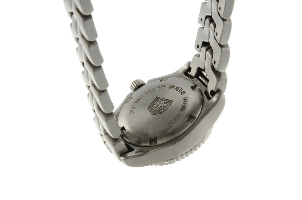 TAG HEUER - a lady's Link bracelet watch. Stainless - 2