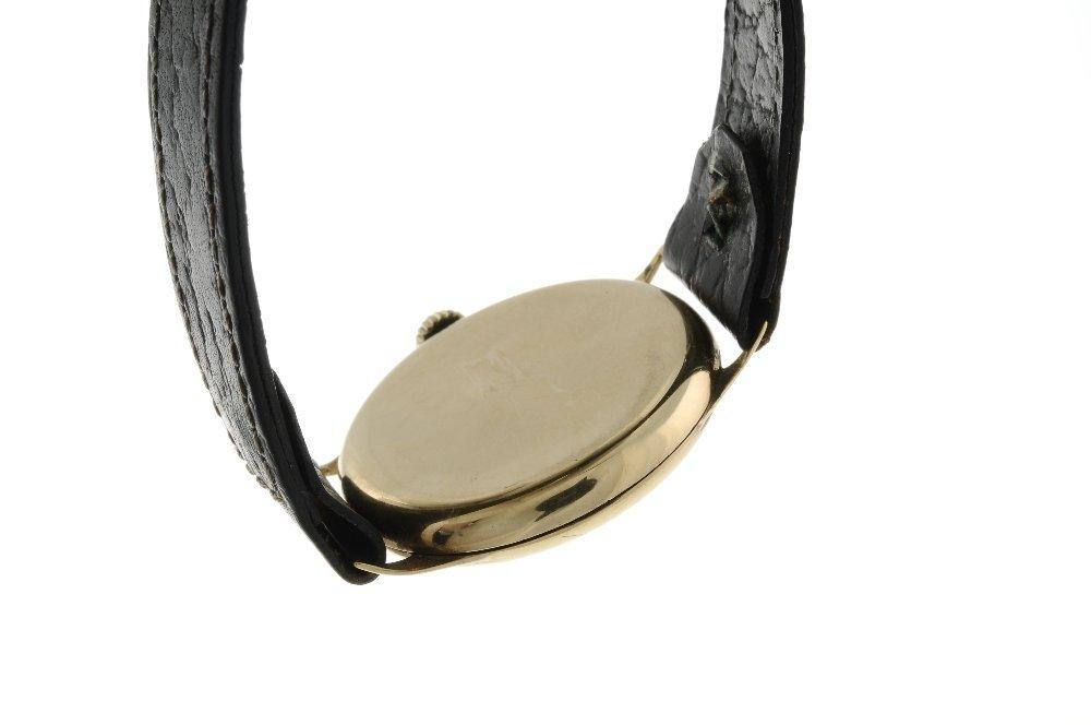 A gentleman's wrist watch. 9ct yellow gold case, - 2