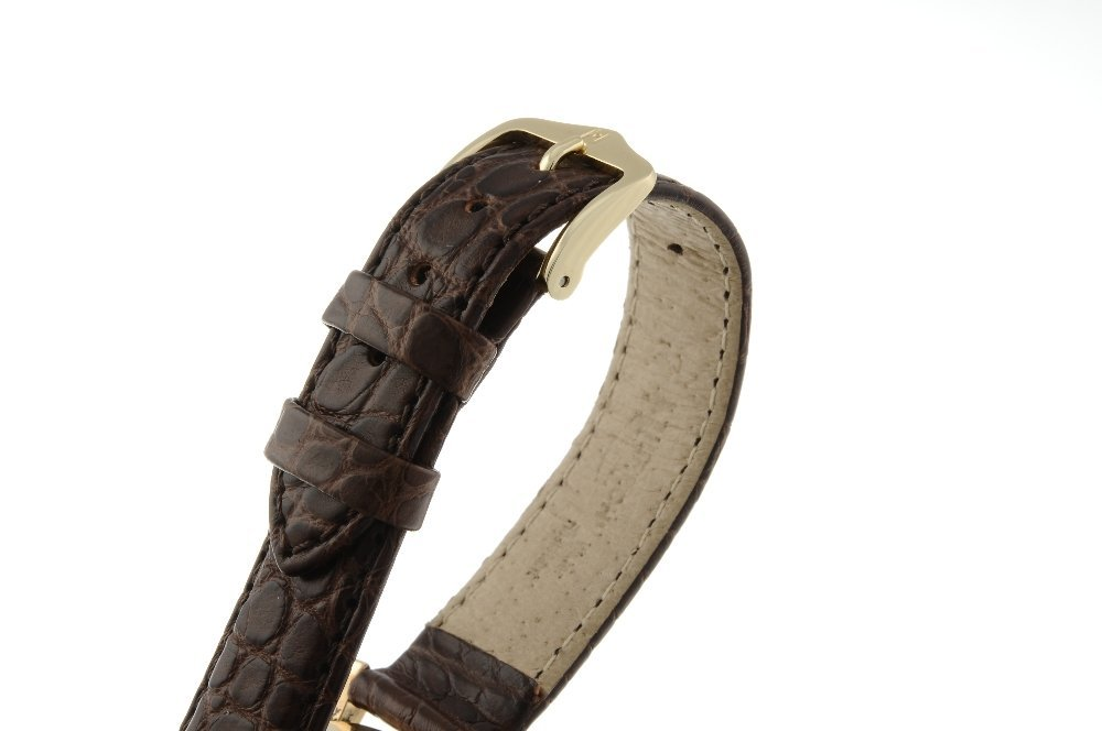 SMITHS - a gentleman's De Luxe wrist watch. 9ct yellow - 4