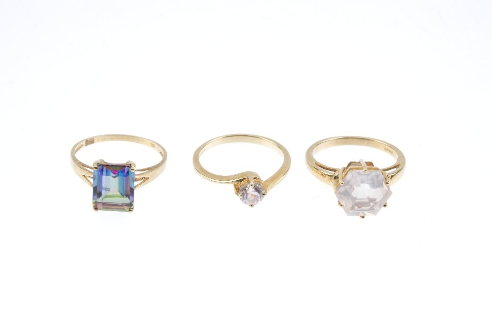 Five 9ct gold gem-set rings. To include a hexagonal - 4