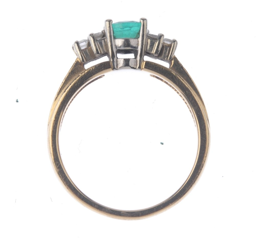 (401754-7-A) An emerald and diamond ring. The - 2