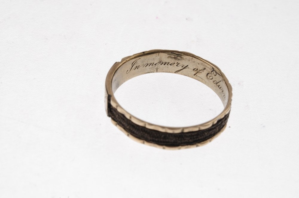 A late Georgian ring and an early Victorian ring. The - 4