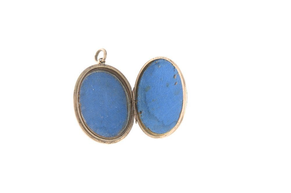 An early 20th century 9ct gold back and front enamel - 3