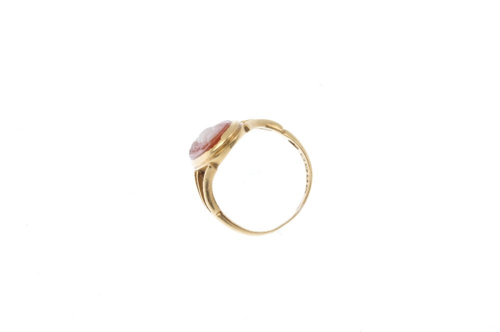 An Edwardian 18ct gold cameo ring. The marquise-shape - 2