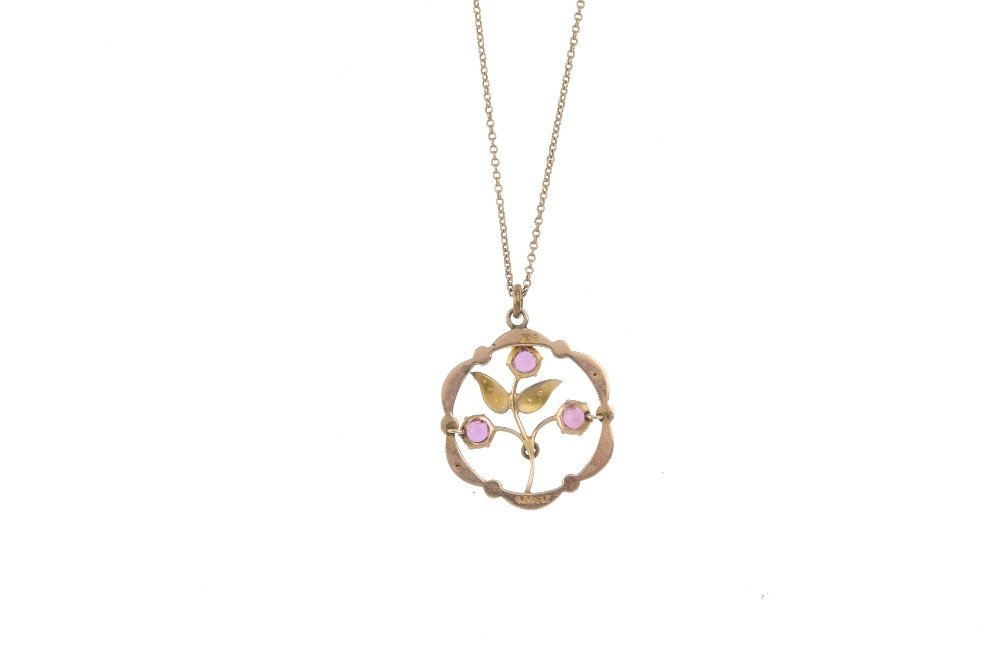 An early 20th century 9ct gold pendant, with chain. Of - 2