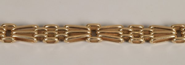 2: 9ct yellow gold three bar 'fan' gate bracelet with t