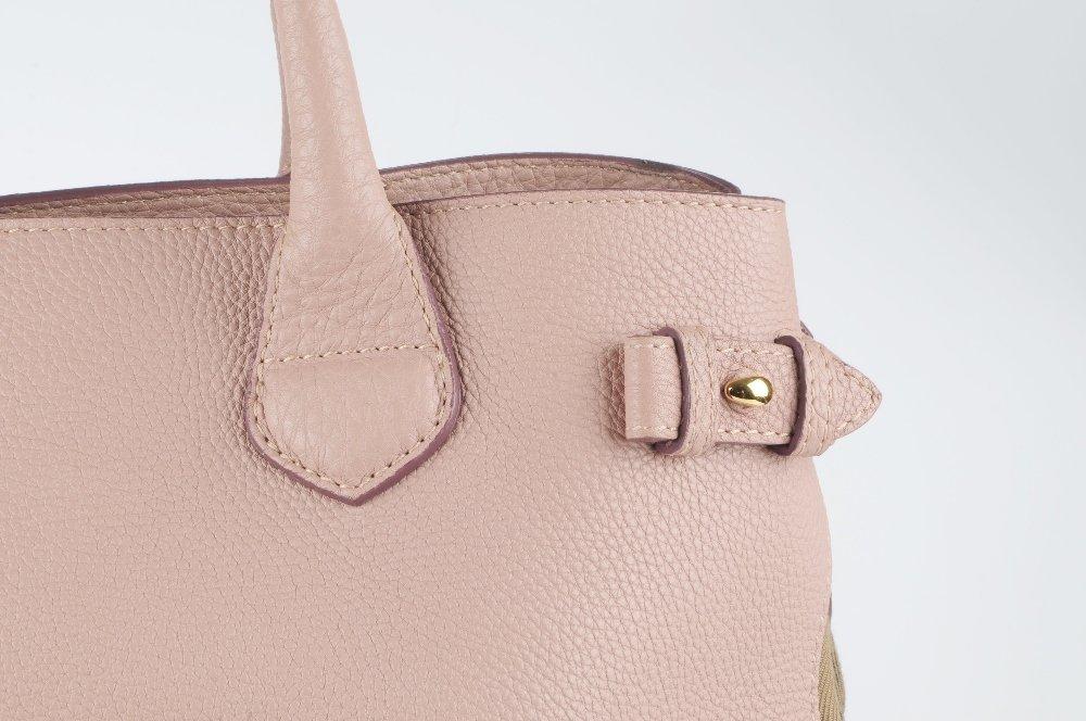 BURBERRY - a Medium Banner tote handbag. Designed with - 2