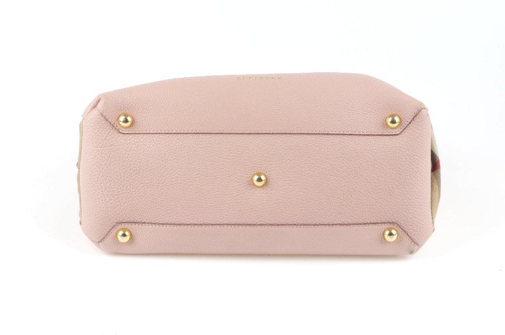 BURBERRY - a Medium Banner tote handbag. Designed with - 6