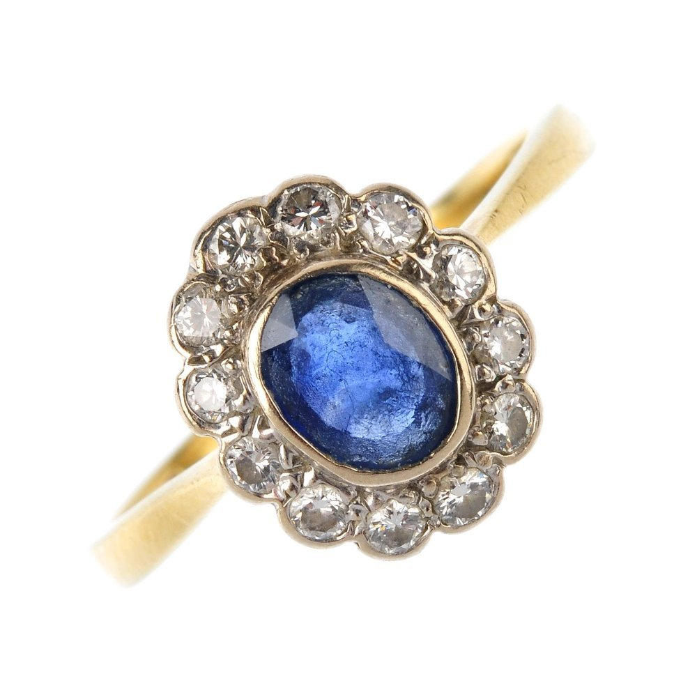 (1189) A selection of gold jewellery. To include an