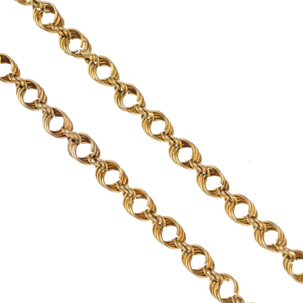 (1203) A necklace. Designed as a fancy-link chain, with