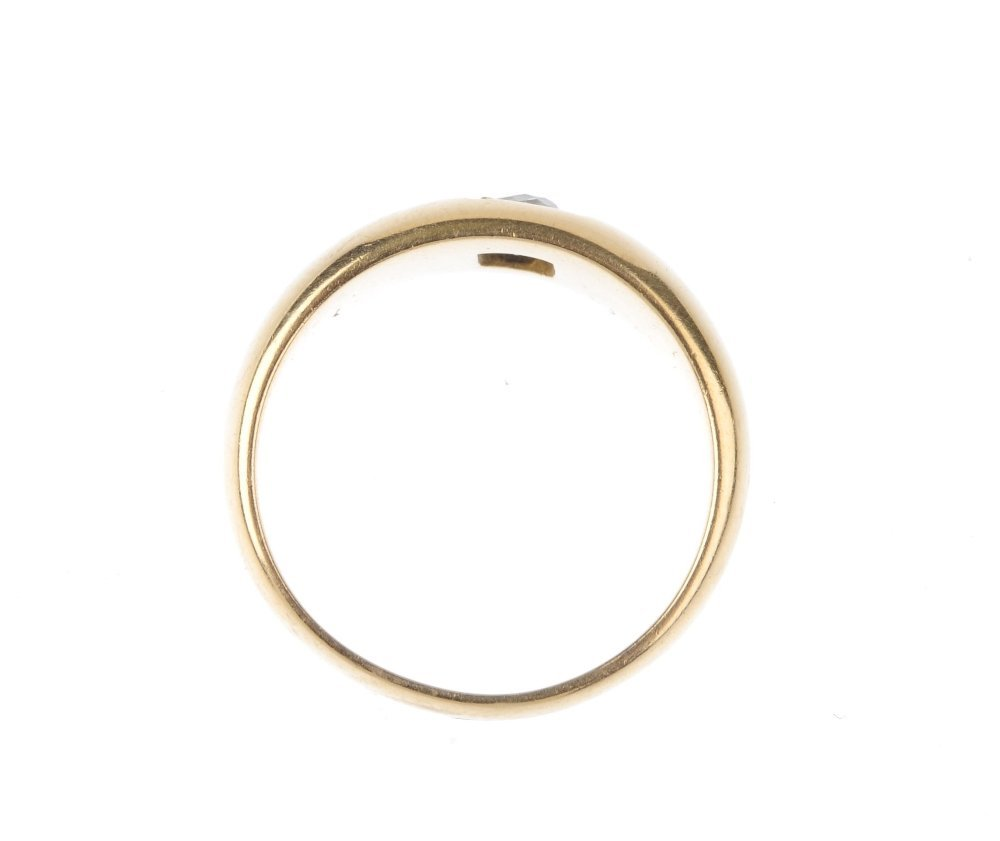 (1402) A late Victorian 18ct gold diamond single-stone - 2