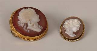 286 Two items of jewellery to include an oval cameo pe