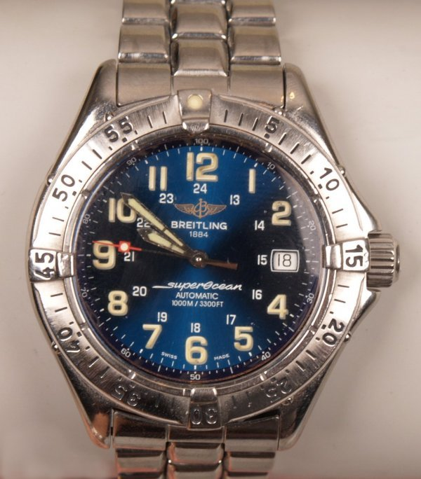 1005: BREITLING - a stainless steel Superocean self win