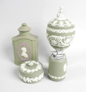 Four pieces of Wedgwood green jasperware, to include an