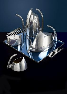 A modern silver plated 'Fenice' tea and coffee service