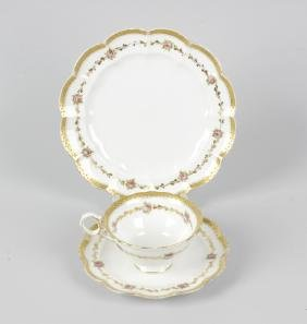 A box containing a George Jones crescent china white