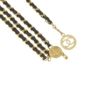 CHANEL - a chain belt. Designed as a gold-tone
