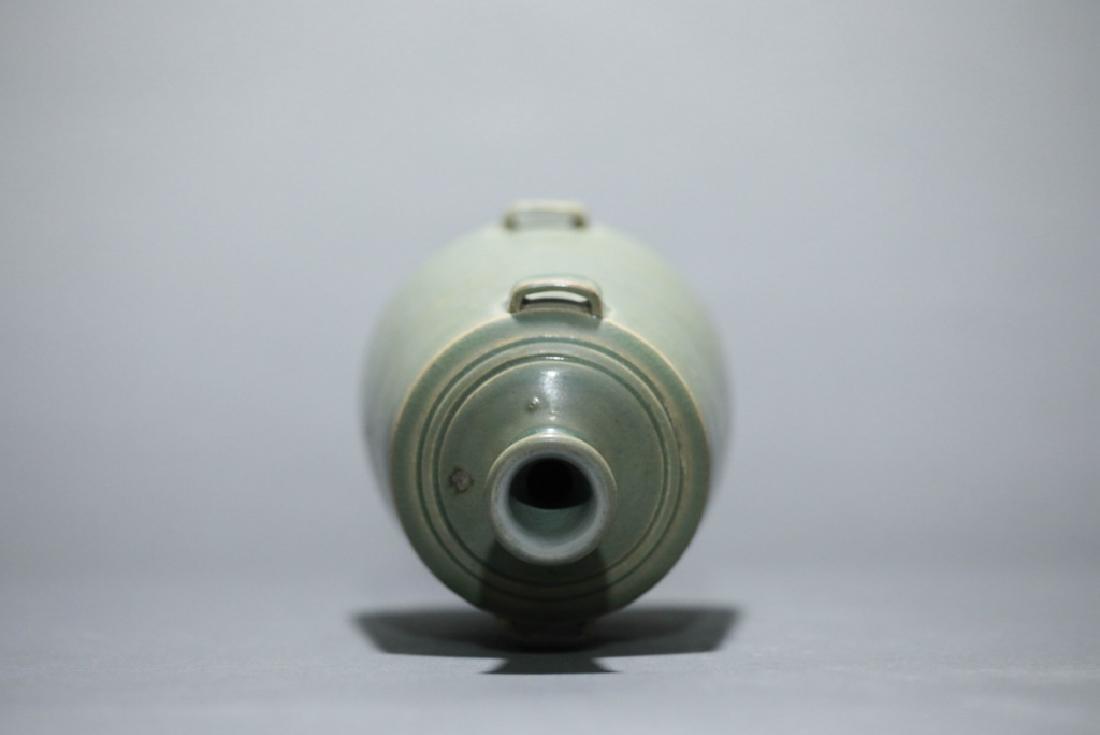 green glazed lotus grain vase - 2