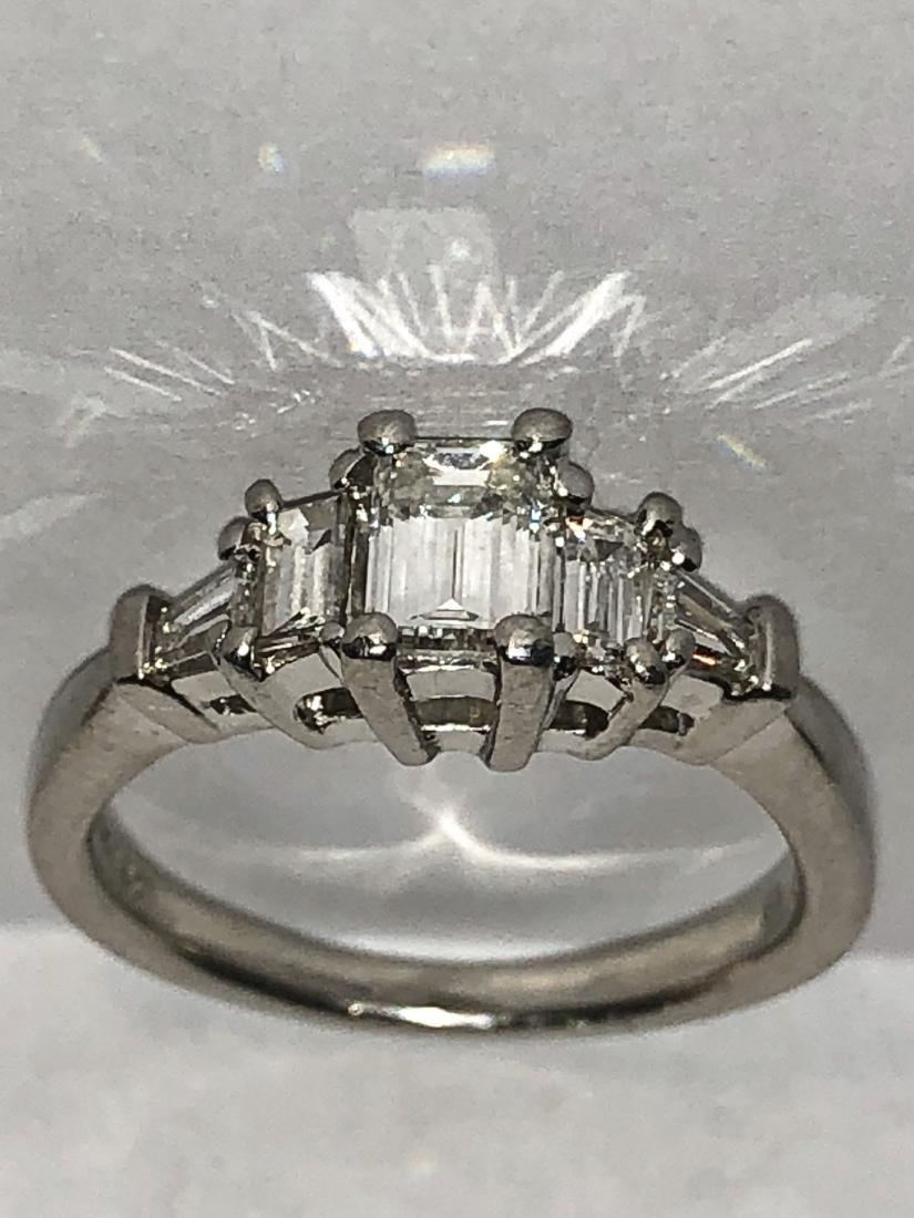 Exceptional Platinum 1.0 TCW VVS1, F color  emerald cut - 2