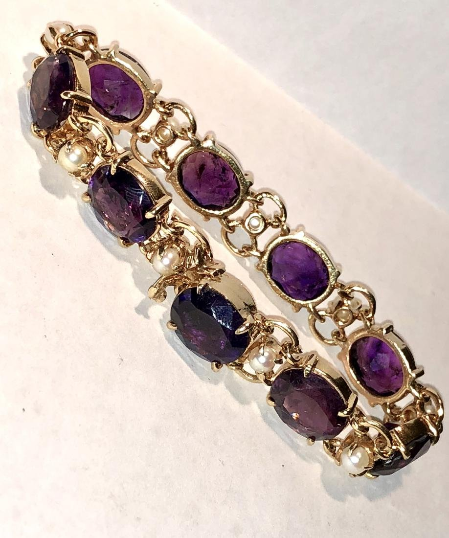 14K gold 36.0 TCW amethyst and pearls bracelet.