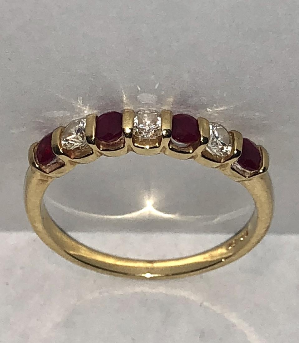 18K gold 1.0 TCW VS1, G diamonds & ruby band ring.